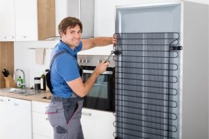 3 Signs Your Refrigerator Is Having Issues That Need Fixing